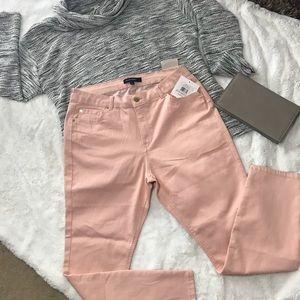 Ellen Tracy Champagne/ blushed pink pants. Sz 6